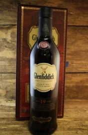 Glenfiddich - Age of Discovery - 19 Jahre 40 % Red Wine...